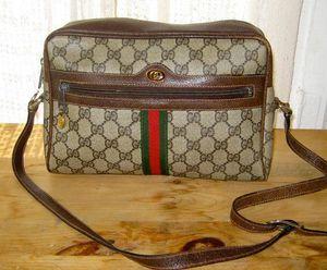 Vintage Gucci shoulder bag for Sale in Portland, OR