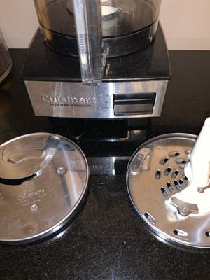 Cuisinart 7 cup food processor for Sale in Jurupa Valley, CA