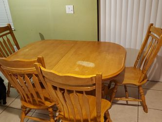 Wood Table & 4 Chairs - FREE for Sale in Miami,  FL