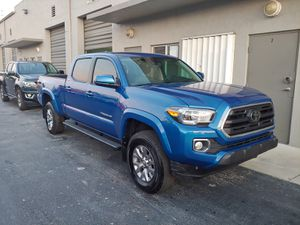 2018 toyota tacoma 4dr 6cyl low miles!prerunner long bed for Sale in Miami, FL