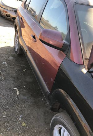 Hyundai Tucson 06 parting out for Sale in Fresno, CA