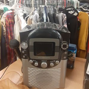Karaoke Machine. Please Read Ad for Sale in Moreno Valley, CA