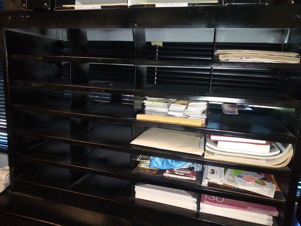 Safeco Literature Organizer, 24 Letter Size Compartments