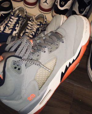 Jordan 5s grey and coral for Sale in Denver, CO