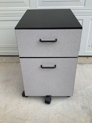 "1 Unit of 2-Drawers File Cabinet (W14""xH25""x L21"") for Sale in Alhambra, CA"