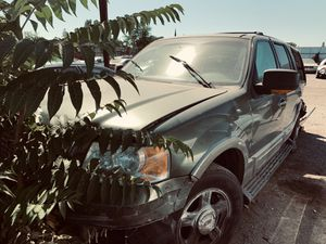 2003 Ford Expedition Suv 5.4 engine automatic good for parts for Sale in Stockton, CA