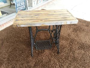 Custom made Singer Sewing base w/recycled Fence-post wood top, laptop-hall-foyer desk/table..size 35x18x29tall. Absolutely Awesome 😉 for Sale in Joliet, IL