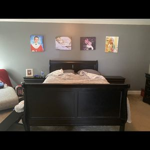 7 Piece Queen Bedroom Set Without Mattress for Sale in Loganville, GA