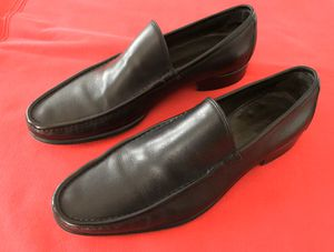 Gucci Italian Loafer Slip on Dress Shoes Men Size 11 D for Sale in Los Angeles, CA
