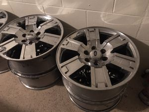 20 INCH FORD EXPEDITION CHROME RIMS for Sale in Orlando, FL