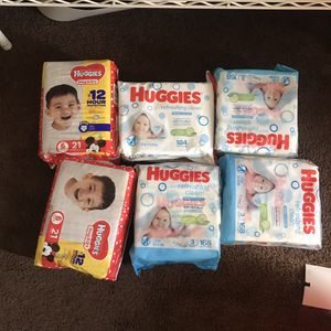 Wipes and pampers size 6 for Sale in Glendale, AZ
