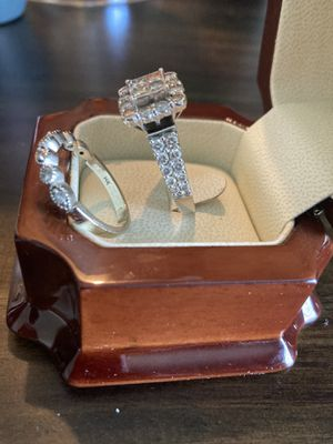 Diamond and 14K for Sale in Tinley Park, IL