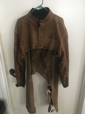 REVCO SIDE SPLIT COWHIDE LEATHER WELDING CAPE SLEEVE for Sale in San Diego, CA