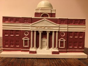 "Presbyterian College Neville Hall 6x3"" Vintage 90's Model Statue for Sale in Atlanta, GA"