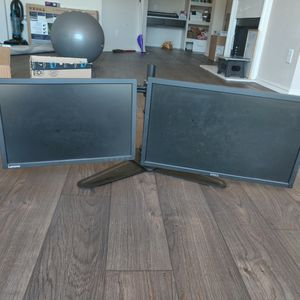 Dual Monitor Desktop Setup(With All The Wires) for Sale in Irving, TX
