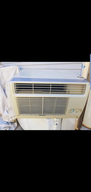 Air condition 2000BTU for Sale in Pennsauken Township, NJ