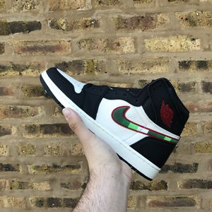 Air Jordan 1 Sports Illustrated size 10.5 for Sale in Brookfield, IL