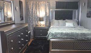 6 pc queen bedroom set for Sale in Azusa, CA