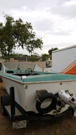 FREE Boat ....trailer not included for Sale in Fontana, CA