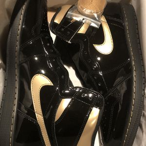 Nike Air Jordan 1 Black Metallic Gold for Sale in Bowie, MD