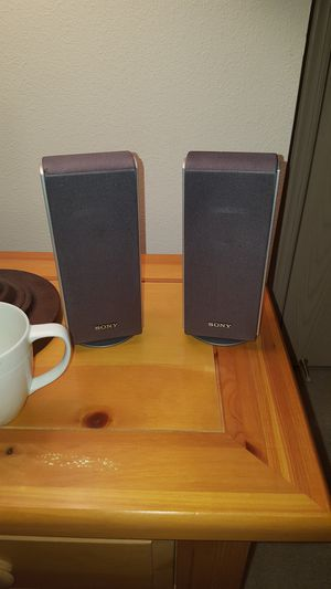 2x Sony SS-TS20 4 Ohm Magnetically Shielded Home Theater Surround Sound Speakers for Sale in Wenatchee, WA