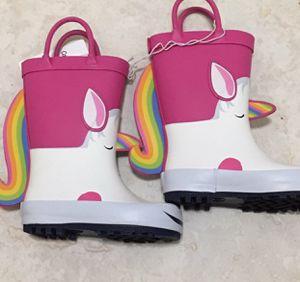 Infant girls rain boots sz 5 for Sale in Hialeah, FL
