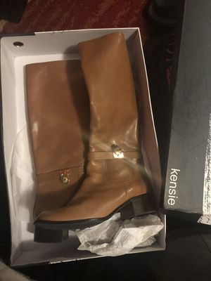 MICHAEL KORS BOOTS for Sale in Philadelphia, NJ