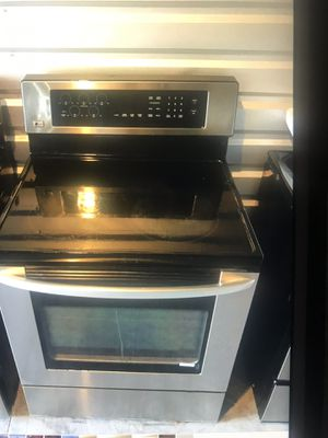 LG stainless stove for Sale in West Palm Beach, FL