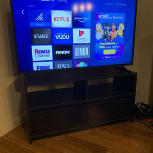 """Insignia 50"""" LED Smart 4K TV With Roku TV for Sale in Tualatin, OR"""