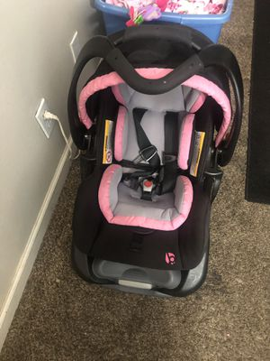 baby trend car seat for Sale in Yakima, WA