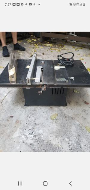 """Black & Decker 8"""" Induction Motor Table Saw 9419 for Sale in Brooklyn, NY"""