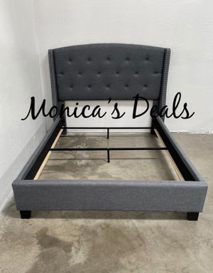 Queen size bed frame $280 for Sale in Artesia, CA