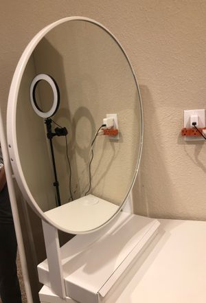 Mirrors & Desk for Sale in Escondido, CA