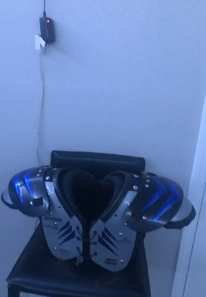 football shoulder pads for Sale in Durham, NC