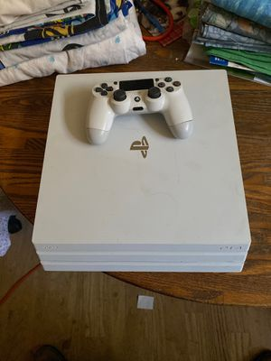 Limited edition Ps4 pro 1tb hdd for Sale in Antioch, CA
