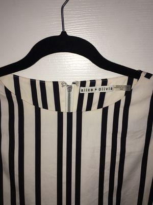 Alice + Olivia Striped Shirt Dress   Color: Black/White for Sale in Westlake Village, CA