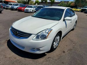 2010 Nissan Altima, ONE OWNER, CLEAN CARFAX for Sale in Phoenix, AZ
