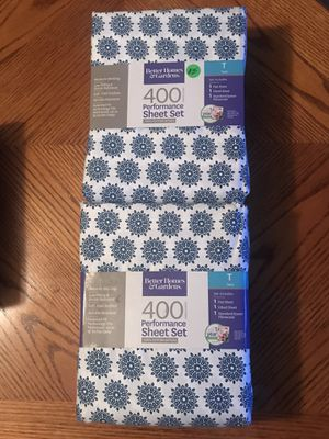 400 CT / 100% COTTON BED SHEET SETS - TWIN SIZE ..... $25.00 - (3) LEFT COMPARED TO $44.95+ TAX FOR THIS SAME ITEM IN STORE for Sale in Largo, FL