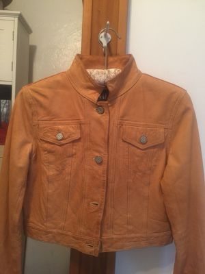 Women's GAP tan leather Jacket Size SMALL for Sale in San Diego, CA