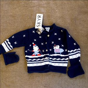 NWT Unisex Winter/Holiday Sweater Cardigan With Mittens for Sale in Lake Forest Park, WA