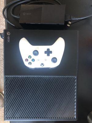 Xbox One w/ Controller for Sale in Orlando, FL