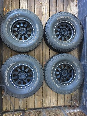 General Tire AT2 on Method Race Wheels 31x10.5xR15 for Sale in Fallbrook, CA