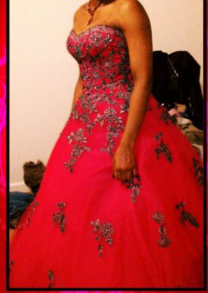 Formal pink and black ball Dress $100 or OBO for Sale in Clarksburg, MD
