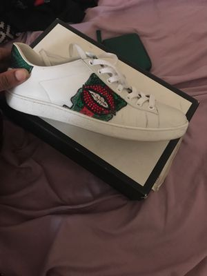 Gucci lips sneakers for Sale in Clifton Heights, PA