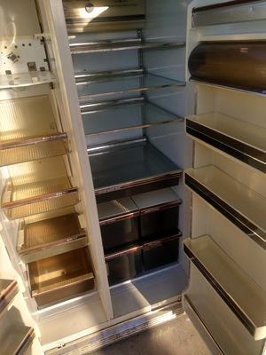 General Electric Refrigerator for Sale in Moreno Valley, CA