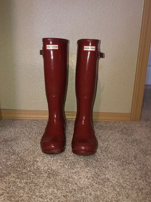 Hunter tall glossy red rainboots (women size 7) for Sale in Puyallup, WA