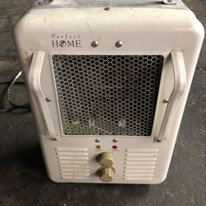 Portable Electric Heater for Sale in Aberdeen, WA