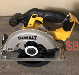New DeWALT circular saw for Sale in Kissimmee, FL