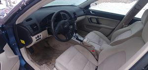 2008 subaru outback *** needs head gasket*** for Sale in Columbus, OH