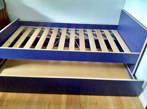 Twin trundle bed with matching night stand. Excellent condition. Need it gone ASAP. for Sale in Chicago, IL